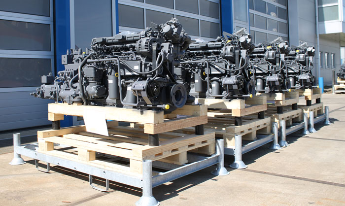 Set of hydraulic pump sets ready to be shipped to the customer. Motrac Industries provides the best technical solution with products of the highest quality, short delivery times and excellend service!