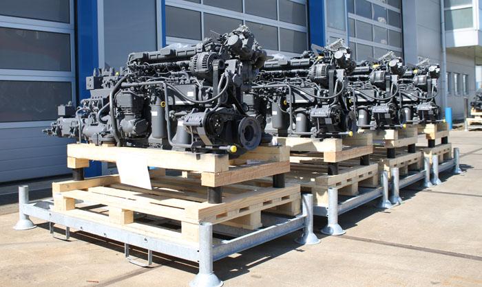 De hydraulische pompsets staan klaar voor verzending naar de klant. Motrac Industries levert de beste technische oplossing met producten van de hoogste kwaliteit, korte levertijden en uitstekende service!