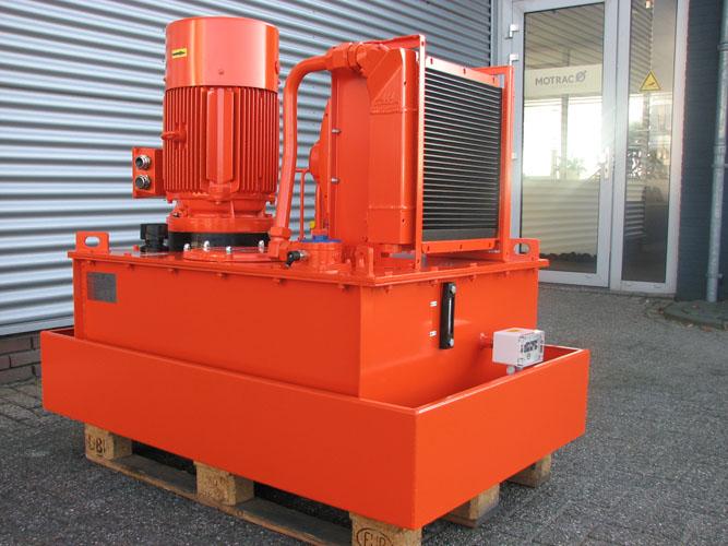 Motrac Industries hydraulic power unit fairground attraction (4).jpg