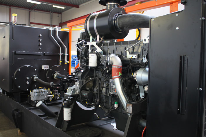 Motrac Industries diesel driven hydraulic system for a dredge installation. (4).jpg