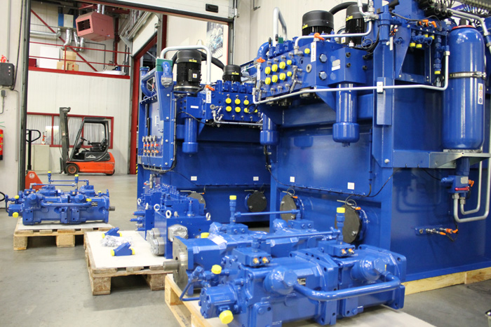 Motrac Industries develops & delivers complete hydraulic drive system for a tugboat (88).jpg