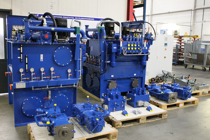 Motrac Industries develops & delivers complete hydraulic drive system for a tugboat (131).jpg