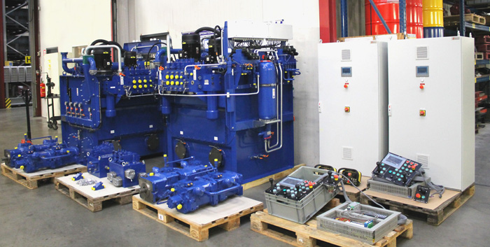 Motrac Industries develops & delivers complete hydraulic drive system for a tugboat (139b).jpg