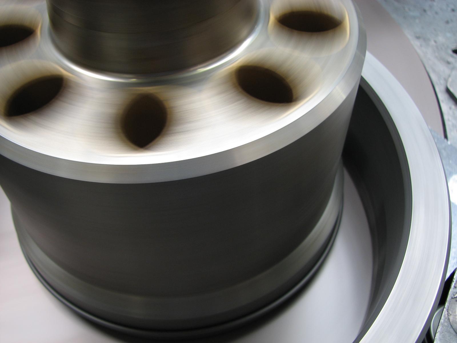 Motrac Industries leppen cilinderblok en spiegel BPV 200-01 (5).JPG