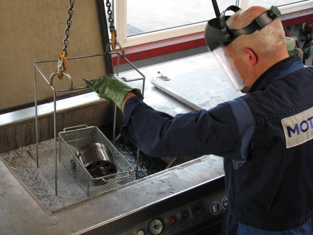 Motrac Industries leppen cilinderblok en spiegel BPV 200-01 (9).JPG