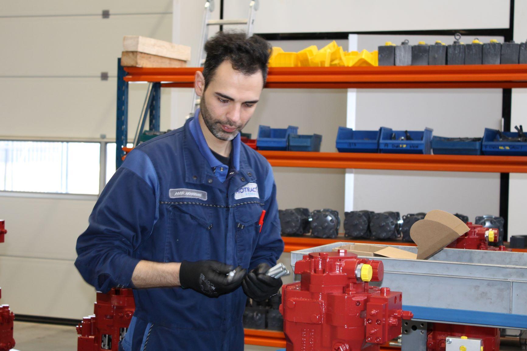 Motrac Industries_Allround monteur_Amir Akhawani
